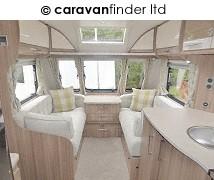Lunar Delta RI 2017 Caravan Photo